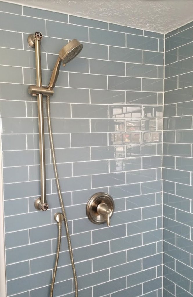 shower-with-tiles